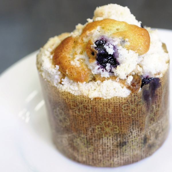 Blueberry Crumb Muffin